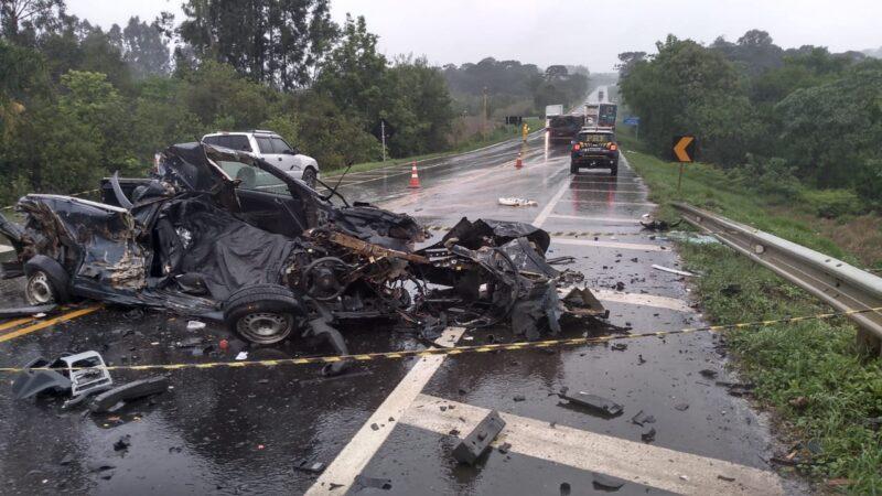 PRF atende colisão frontal com óbito na BR 373 em Imbituva