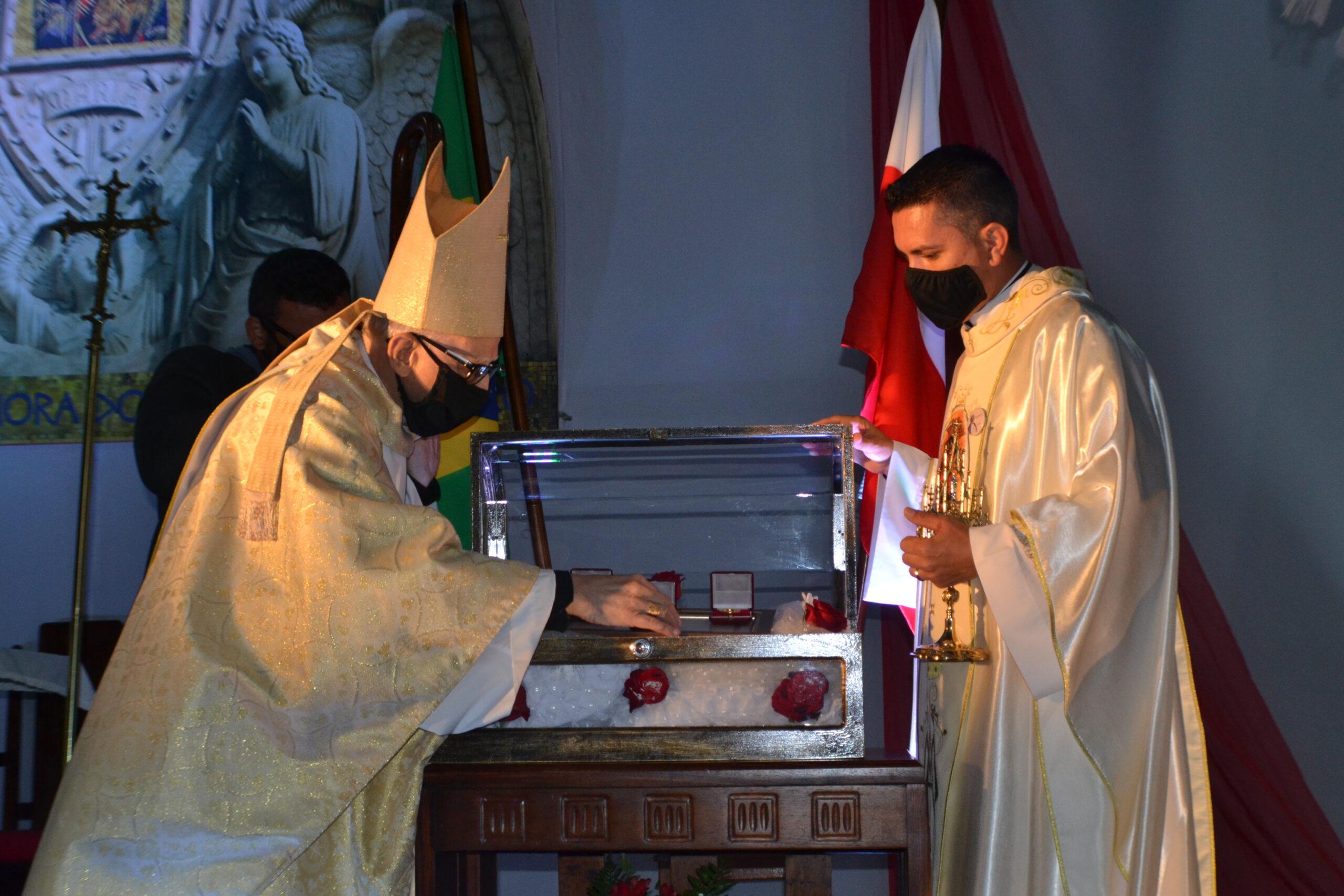 Relíquias de São João Paulo II chegam à Paróquia Nossa Senhora do Perpétuo Socorro, em Castro
