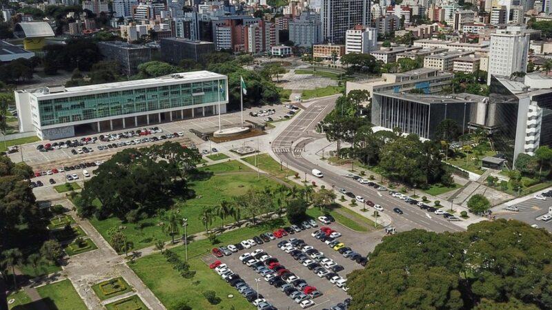 Folhas salariais de dezembro serão antecipadas no Paraná