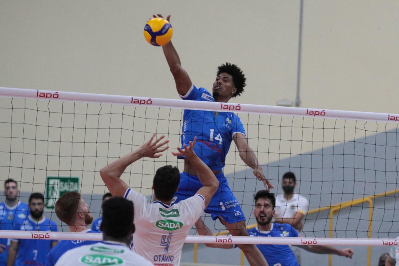 Caramuru Vôlei perde para o Sada Cruzeiro na Superliga