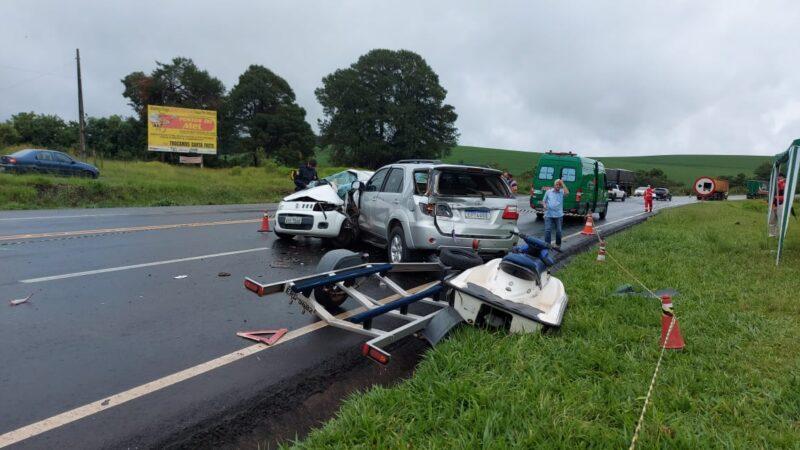Trabalhadores mortos em acidente são sepultados