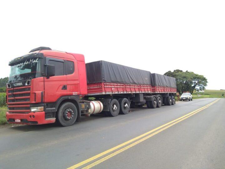 Caminhoneiro é rendido por três assaltantes armados em Jaguariaíva