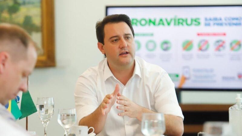 """Entrevista: """"As vacinas são seguras"""", afirma o governador Ratinho Junior"""