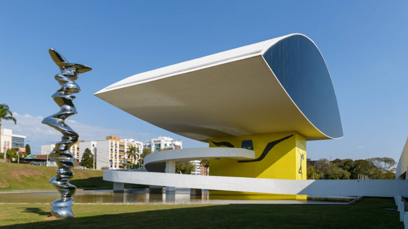 Museu Oscar Niemeyer reabre neste sábado com medidas sanitárias