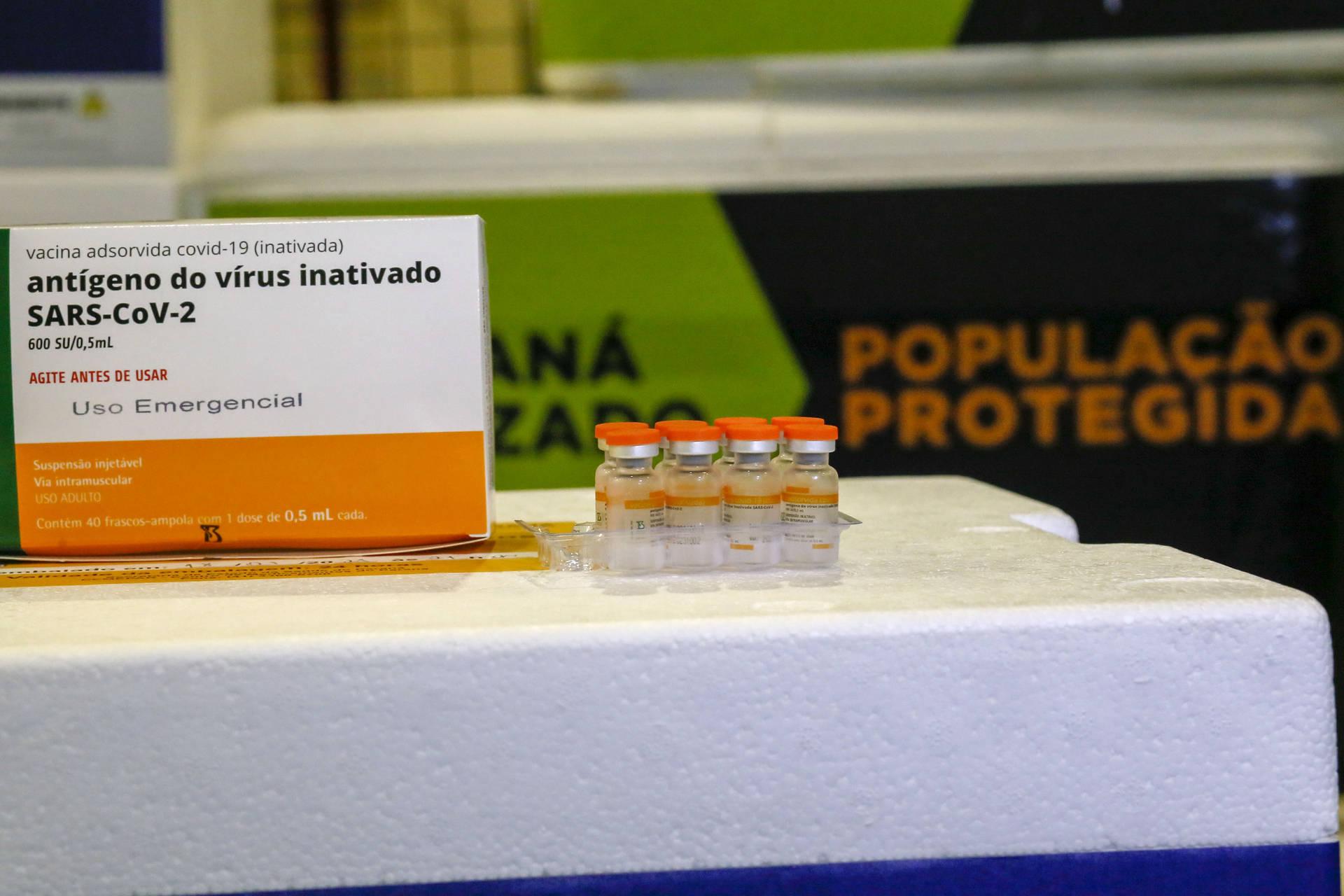 Paraná distribui terceiro lote de vacinas contra a Covid-19