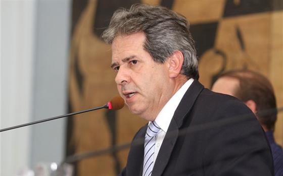 Câmara de PG recebe novo pedido de cassação de Valtão
