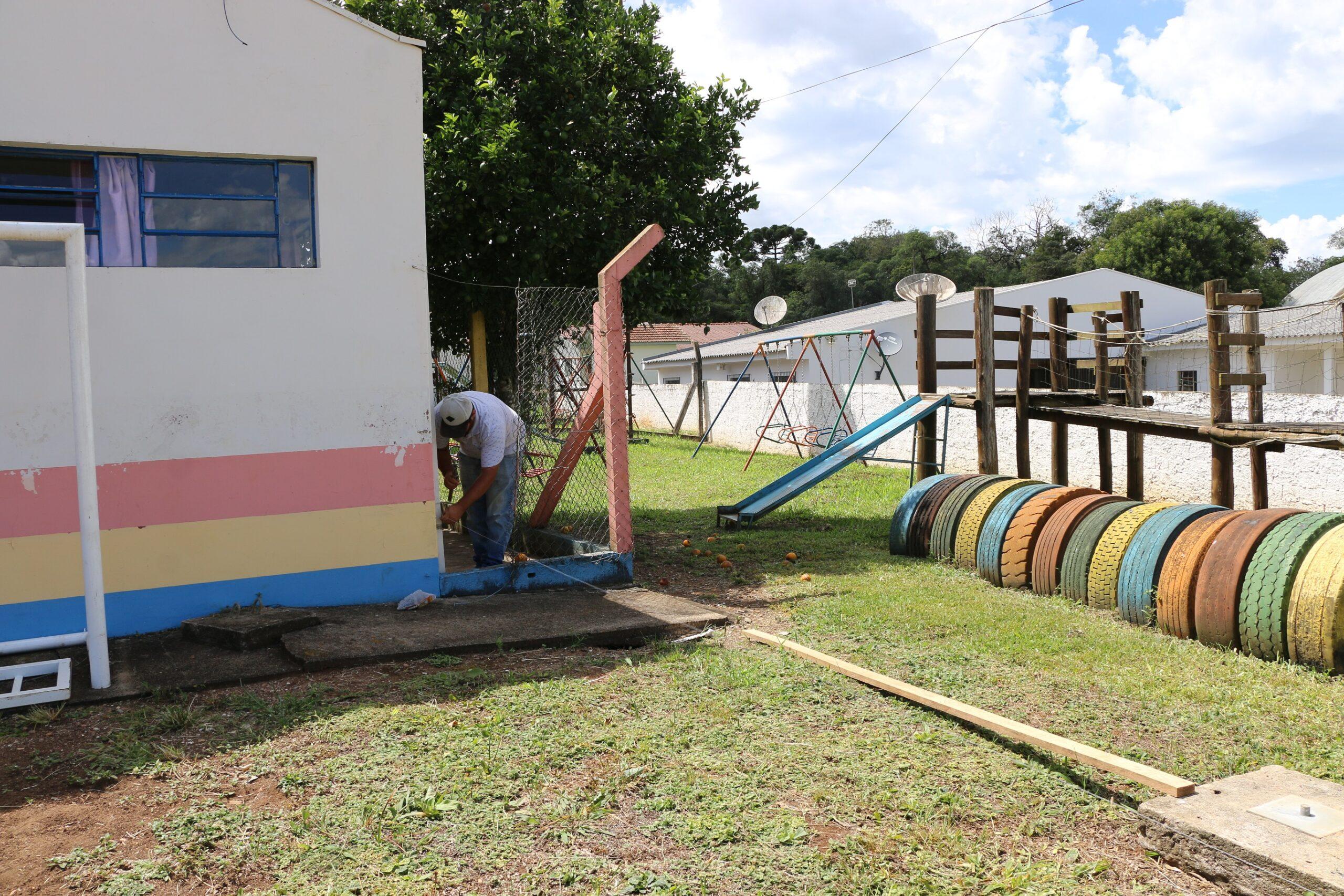 Prefeitura de Castro reforma e amplia Escola de São Sebastião