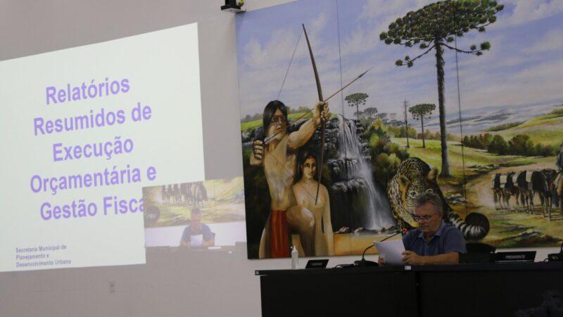 Prefeitura de Castro presta contas na Câmara