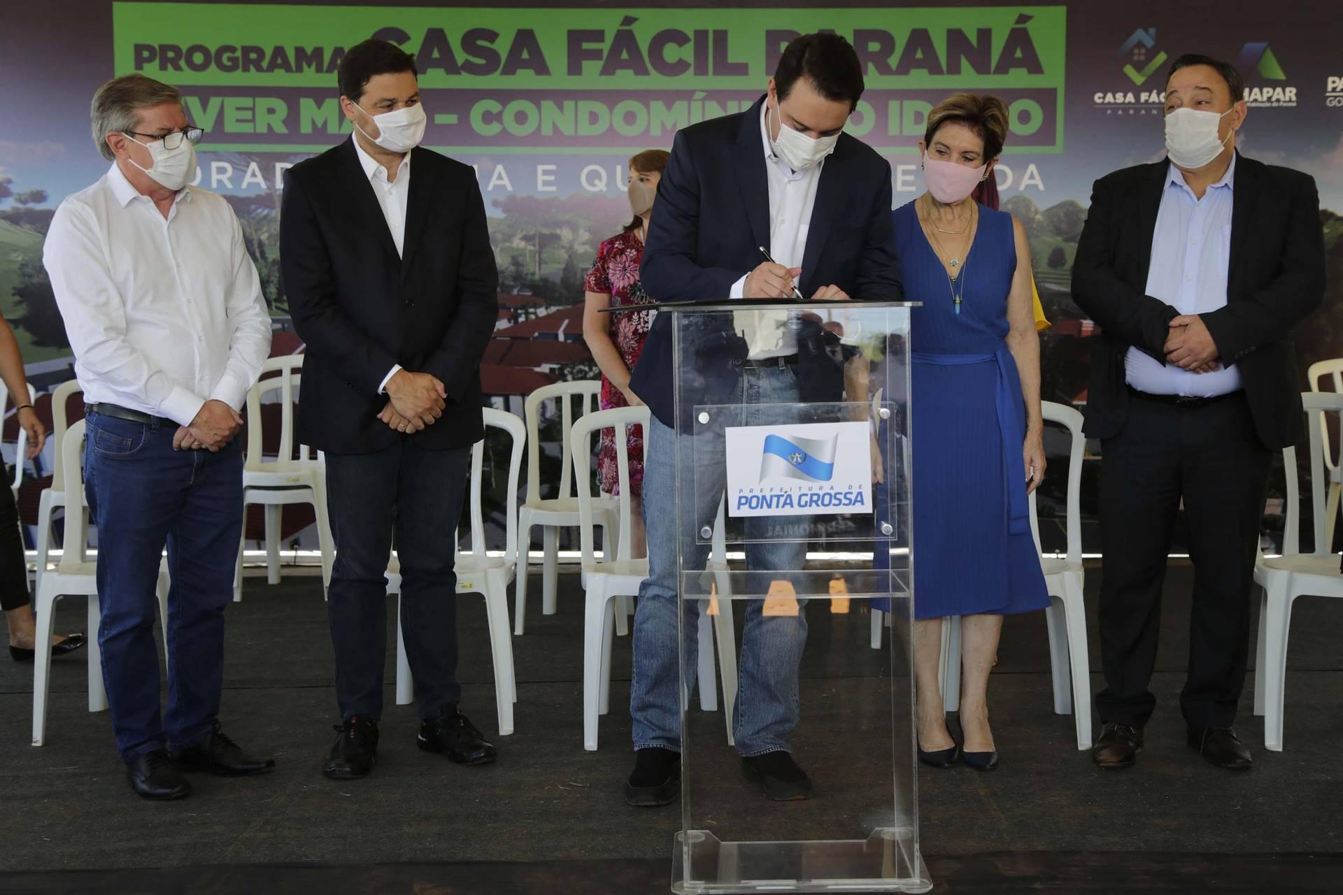 Governador autoriza construção de Condomínio do Idoso em Ponta Grossa