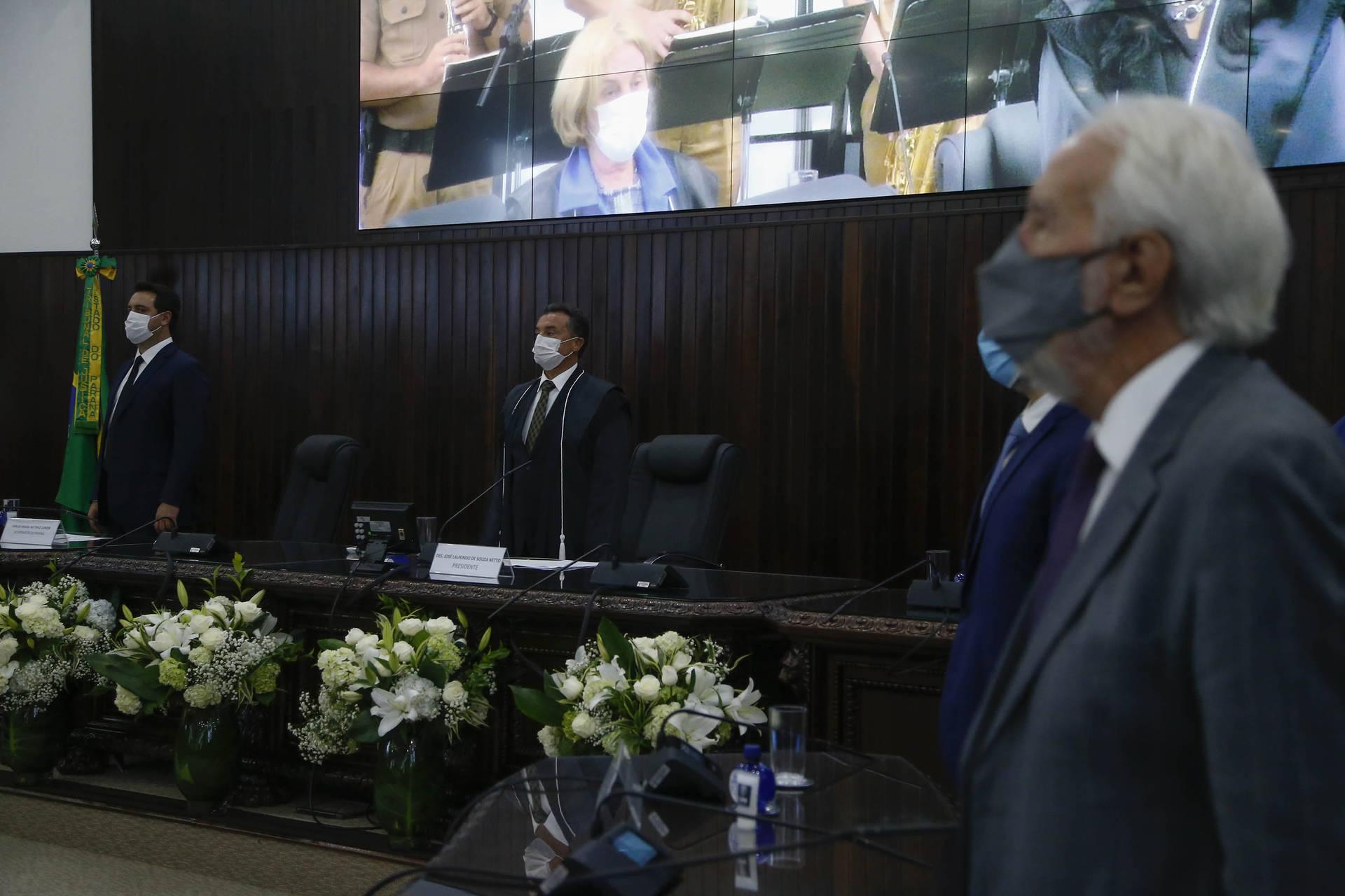 Na posse da cúpula do TJ, governador destaca parceria durante a pandemia
