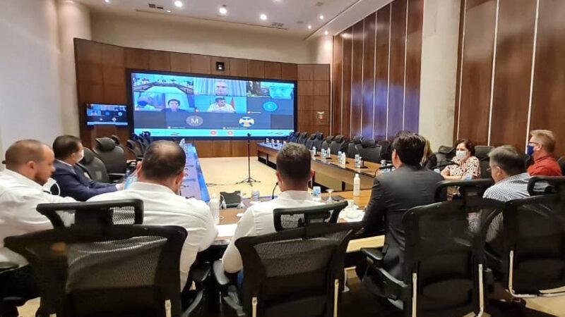 Governador Ratinho Junior faz reuniões de emergência com prefeitos; novas medidas devem ser anunciadas nesta sexta-feira