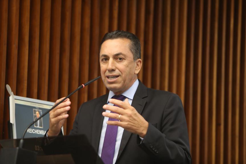 Importações do Mercosul prejudicam cadeia produtiva do leite no Paraná