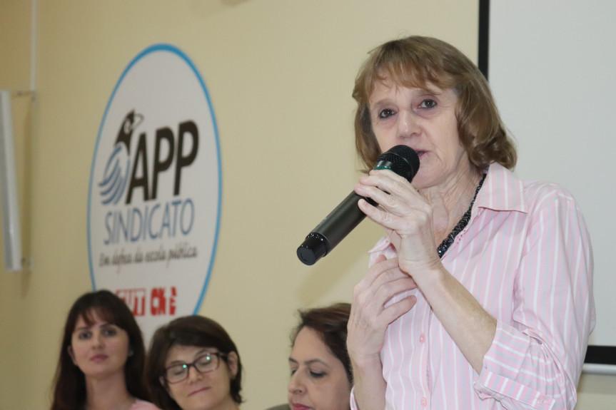 Deputada defende a prorrogação dos contratos de quase 10 mil funcionários PSS nas escolas até dezembro