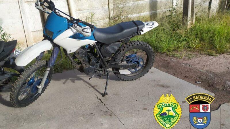 Moto com chassi adulterada é apreendida em Carambeí