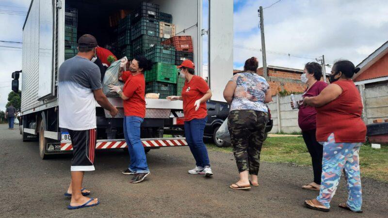 MST e parceiros doam seis toneladas de alimentos da Reforma Agrária a 500 famílias de Ponta Grossa