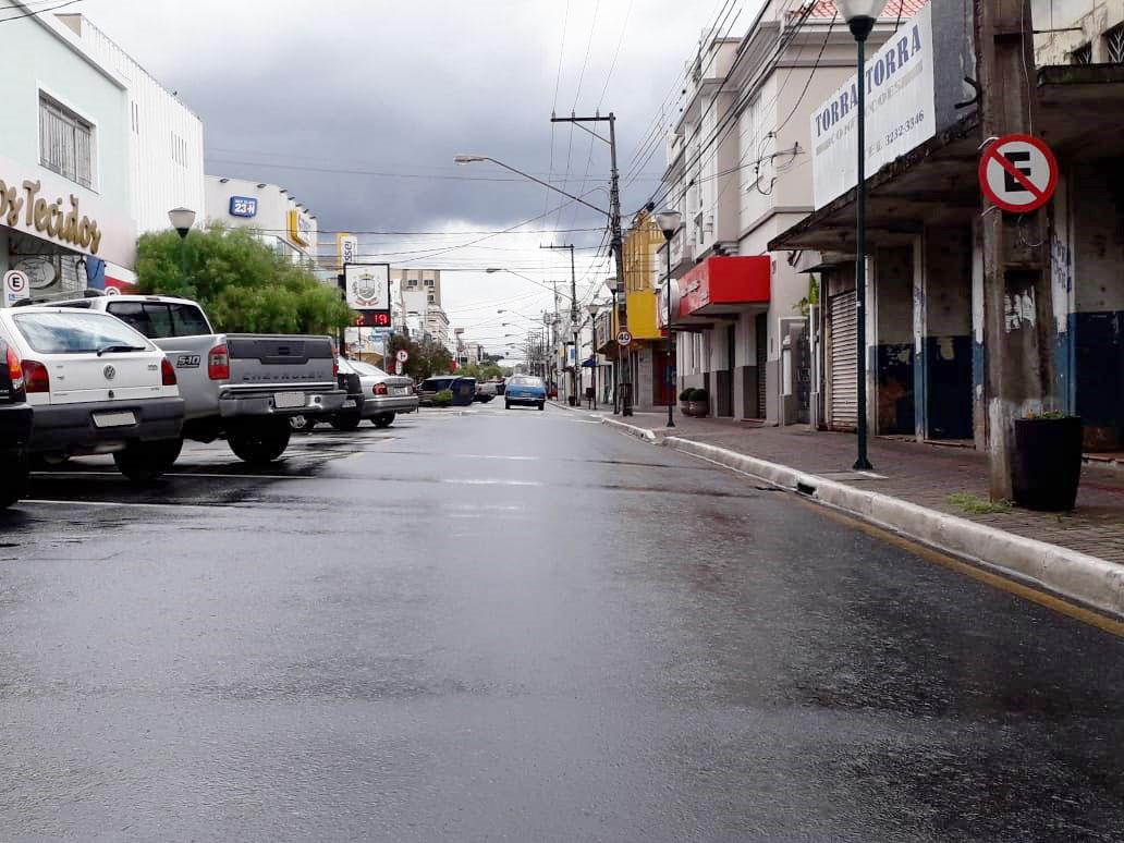 Toque de recolher em Castro agora é das 22 às 5 horas