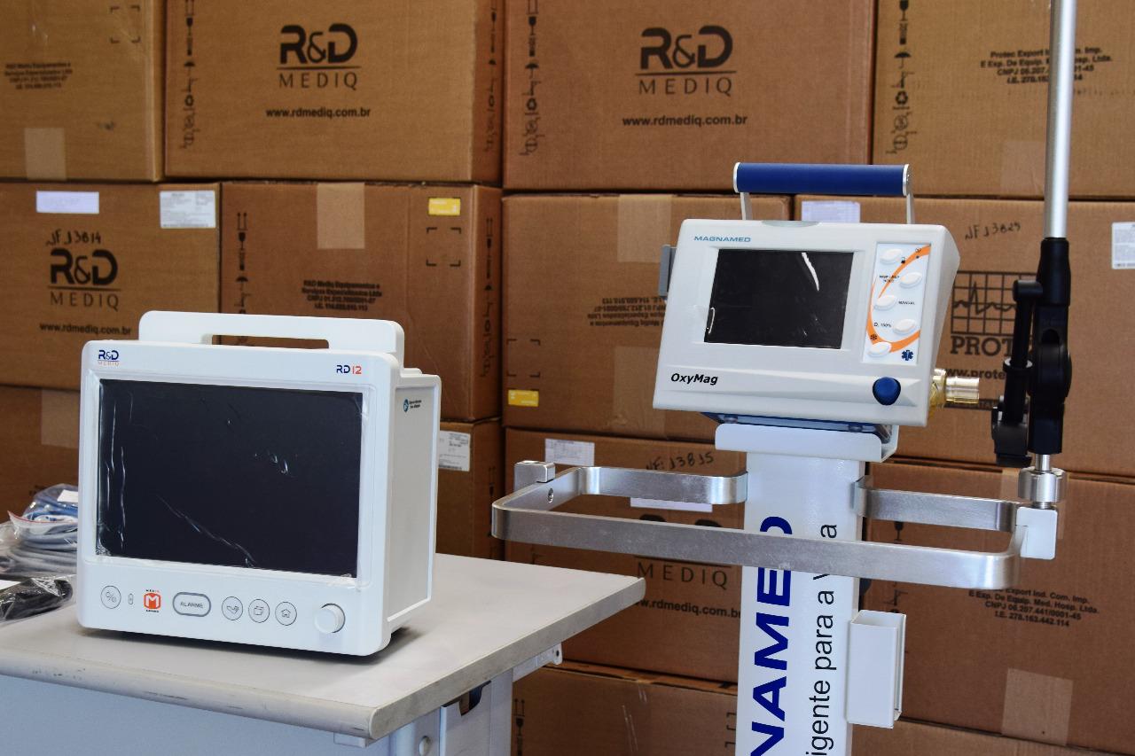 Supermercados paranaenses doam respiradores e monitores para UTI ao Governo do Estado