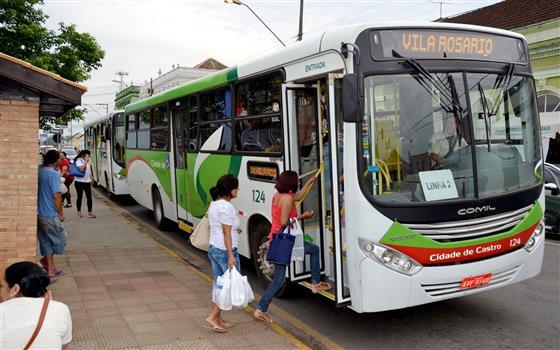 Ônibus em Castro continuam circulando, mas VCC não descarta reduzir linhas