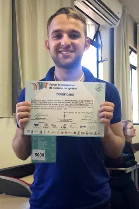Aluno com autismo é o primeiro a defender TCC de forma remota no curso de Turismo da UEPG