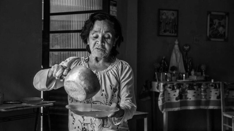 Museu Paranaense destaca a sabedoria ancestral das benzedeiras