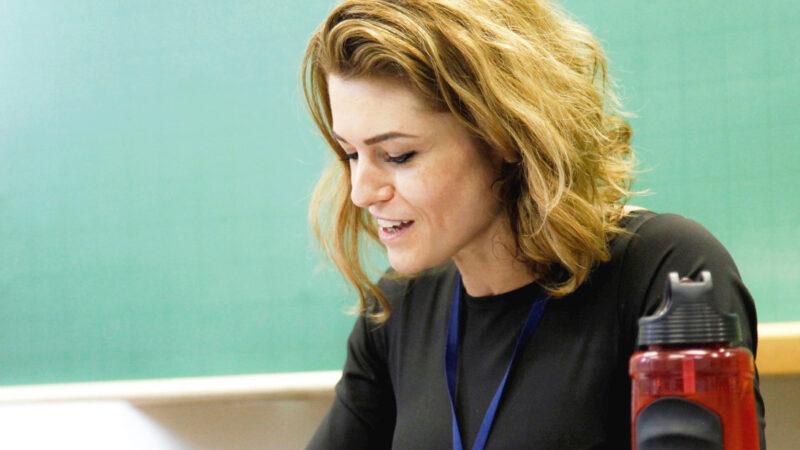 UEPG abre processo seletivo para contratação de professor colaborador
