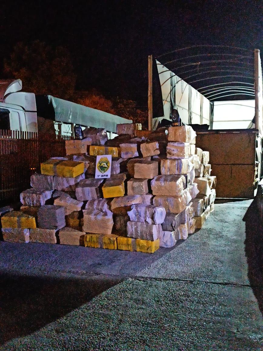 PM apreende 3,6 toneladas de maconha em operação na região