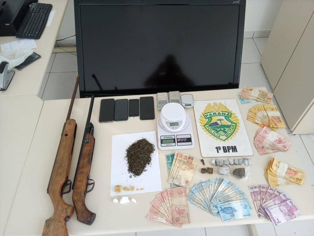 PM prende três homens por tráfico de drogas em Castro