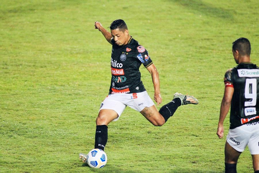 Operário pega o Athletico no sábado pelo Paranaense