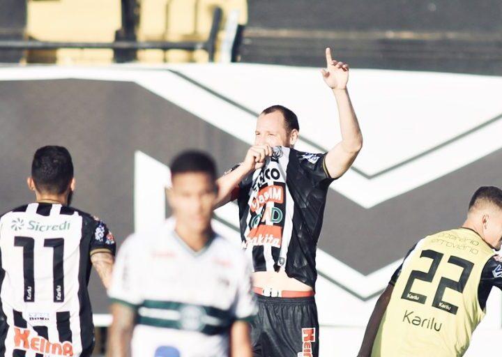 Operário vence o Coritiba no Paranaense