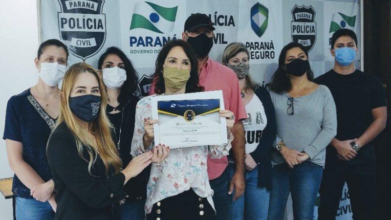 Delegada Cláudia recebe Moção de Aplauso em Ponta Grossa