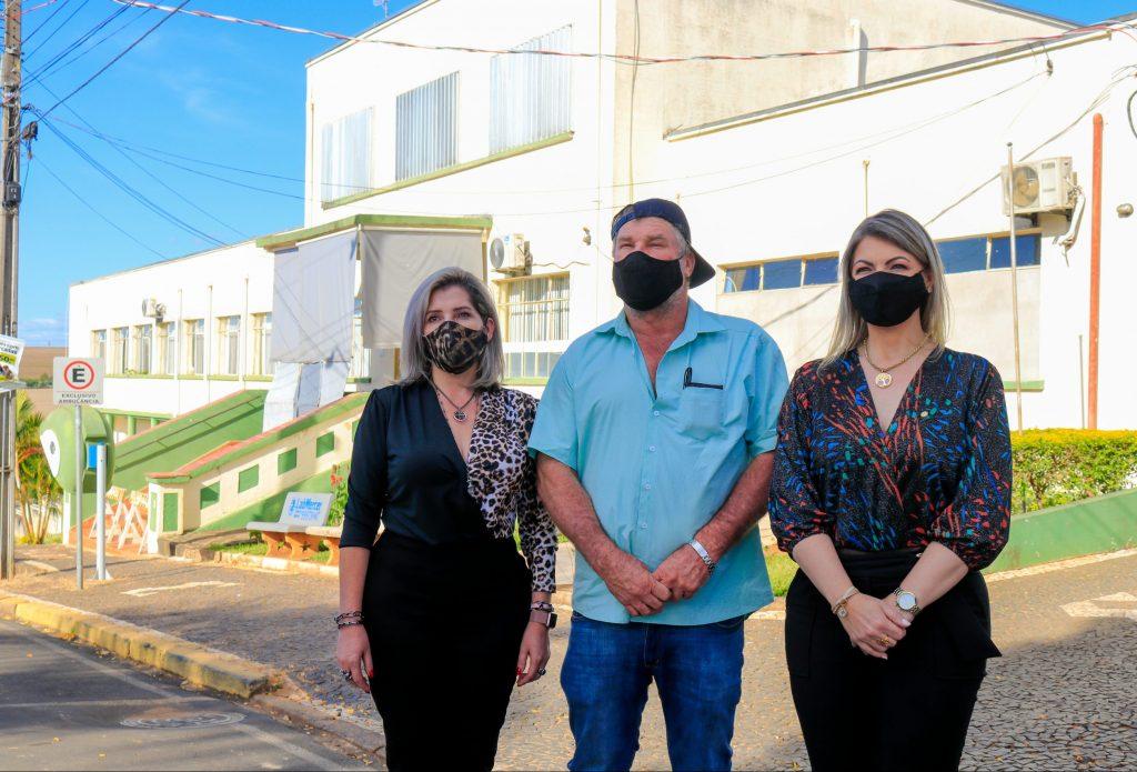 Deputada Aline confirma emendas para saúde e agricultura de Tibagi