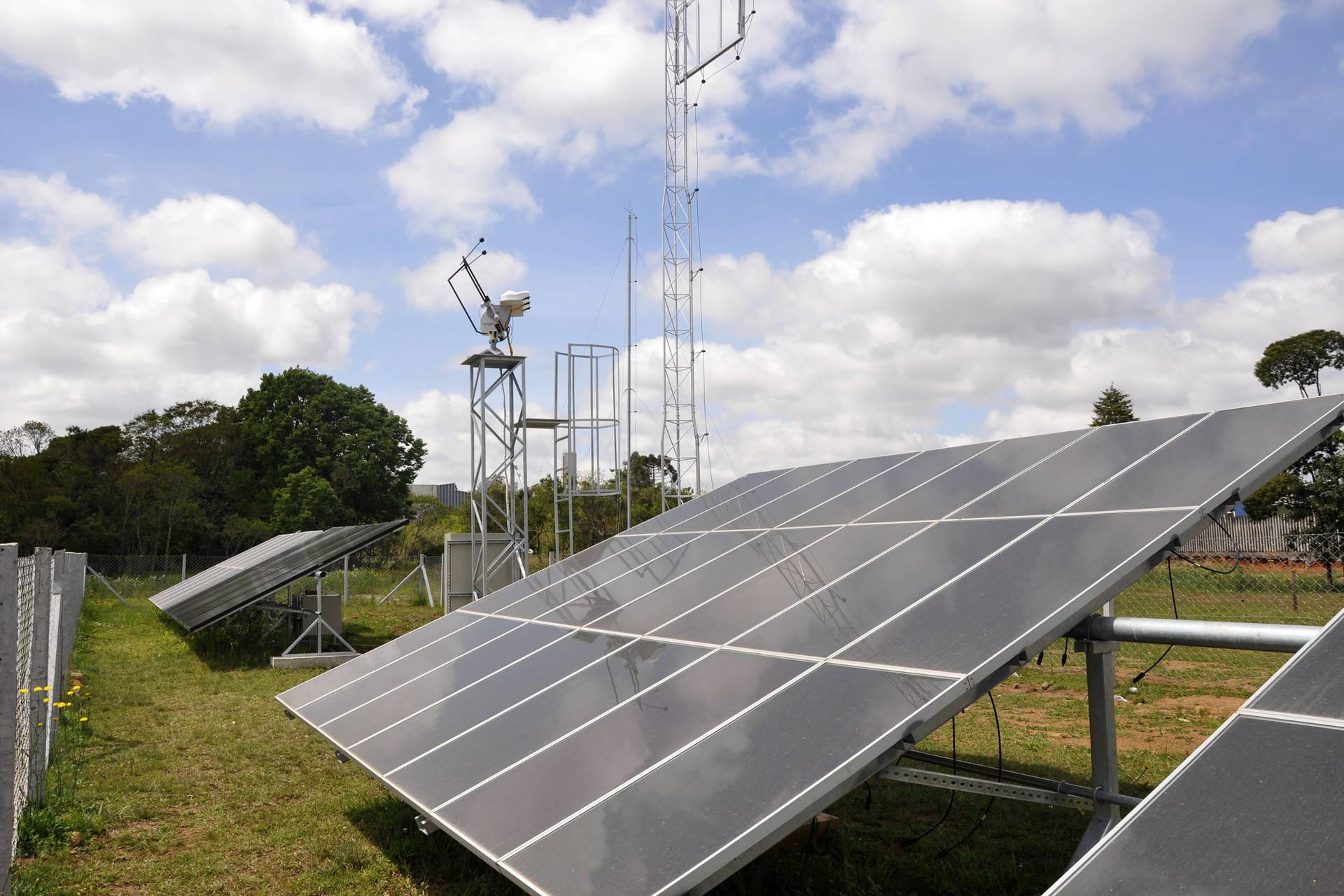 Implantação de energia solar em escolas é exemplo de sustentabilidade