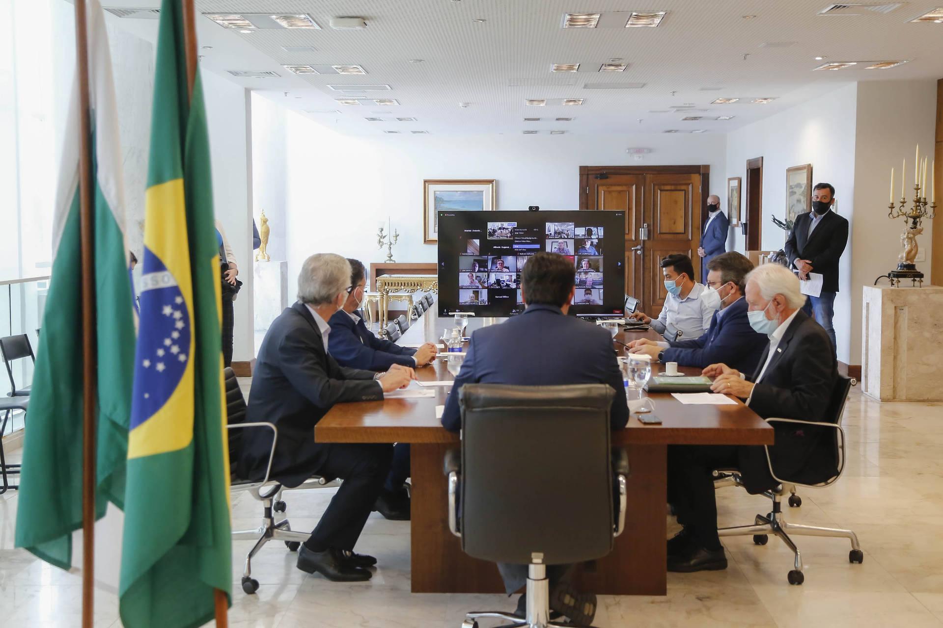 Com apoio do Paraná, cooperativas vão investir R$ 1,5 bilhão em fábrica de malte
