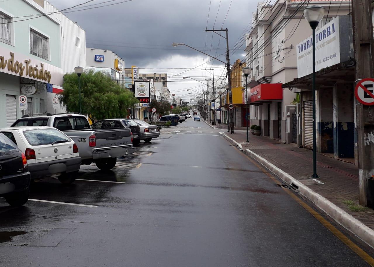 Prefeitura de Castro edita decreto com regras para o comércio, mas principais medidas são mantidas