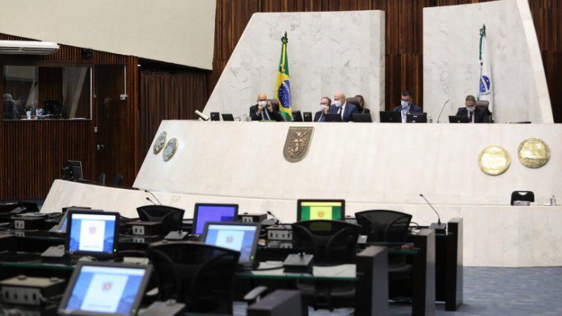 Assembleia aprova punição para atos racistas e homofóbicos em estádios de futebol
