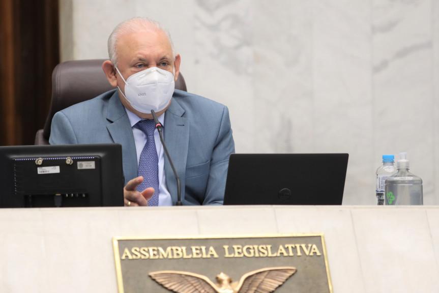 Presidente Traiano abre prazo para composição da Comissão Especial que vai fiscalizar vacinação no Paraná