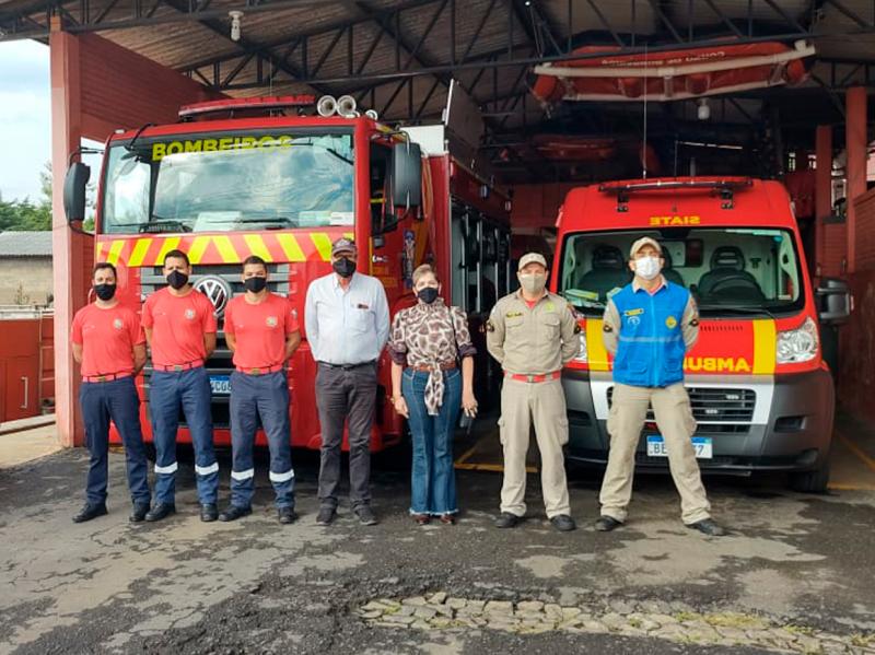 Gabinete visita Bombeiros de Telêmaco Borba e acompanha ADCs de Tibagi em treinamento