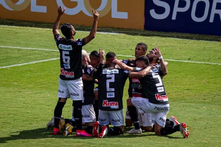 Operário atropela e vence o Vasco na estreia da Série B