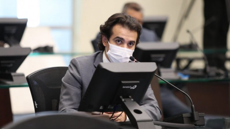 PL prevê reconhecimento dos profissionais de enfermagem com criação de piso salarial regional no Paraná
