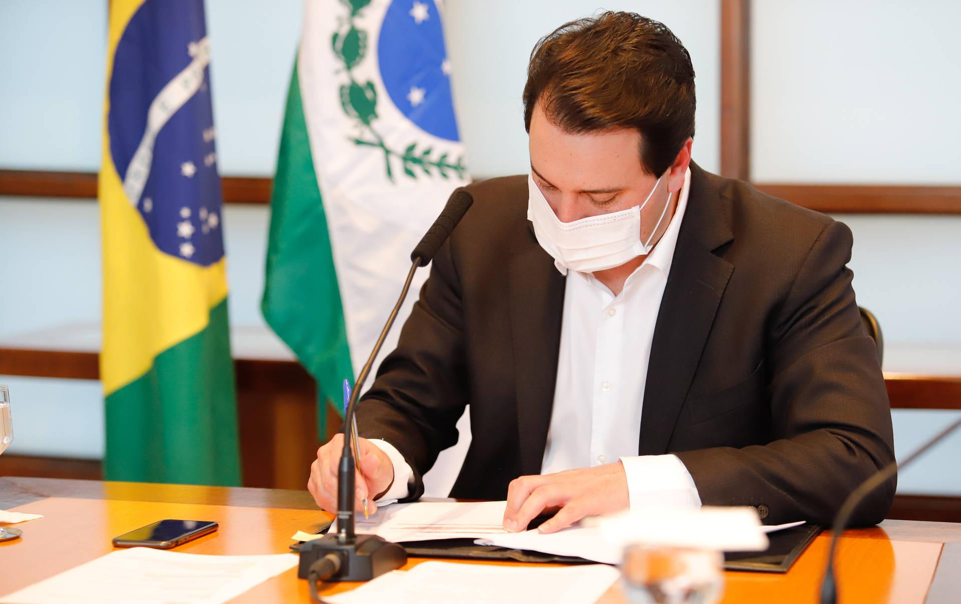 Novo decreto no Paraná autoriza abertura do comércio aos domingos