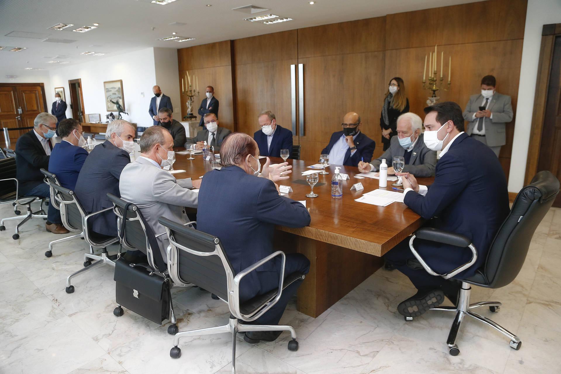Com apoio do Paraná, Coamo vai investir R$ 81 milhões em fábrica de ração