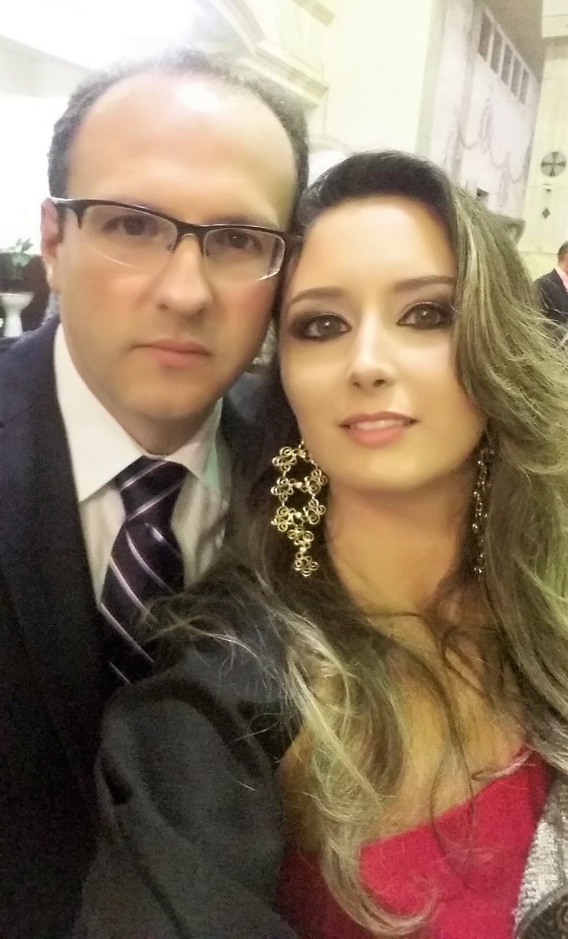 Sergio Belloto Junior e Kauana Vianna Bellotto