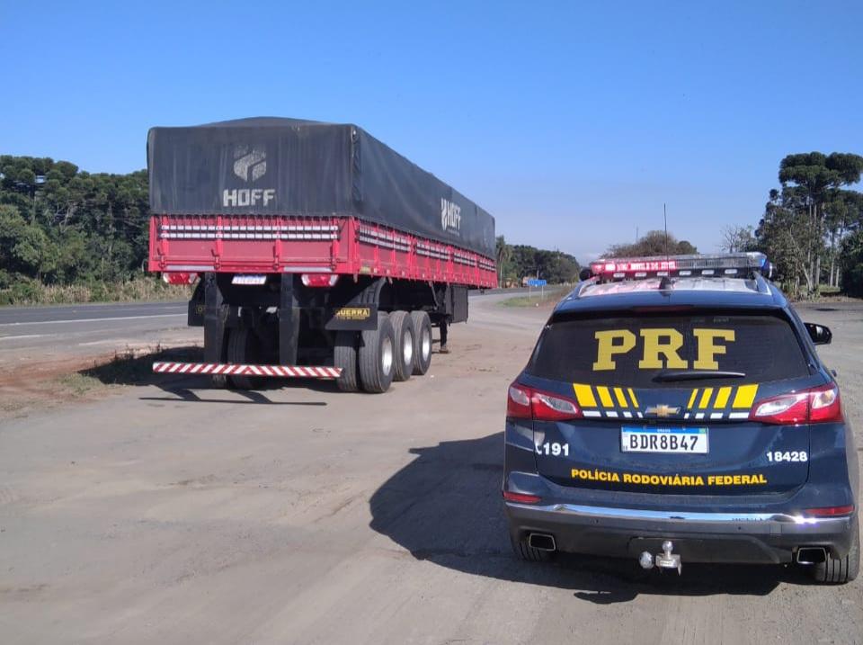 PRF recupera carreta roubada na BR-373