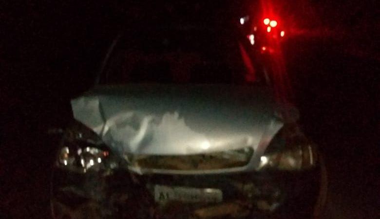 Colisão frontal deixa três pessoas feridas na PR-090
