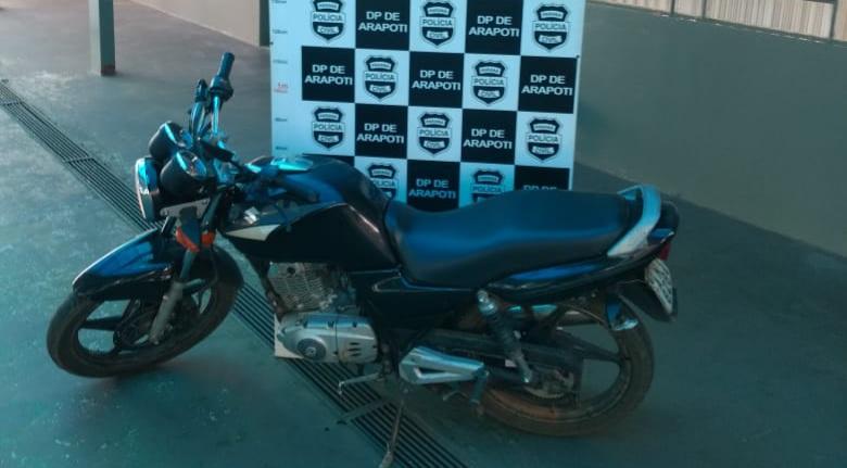 Polícia Civil de Arapoti recupera moto furtada de motoboy