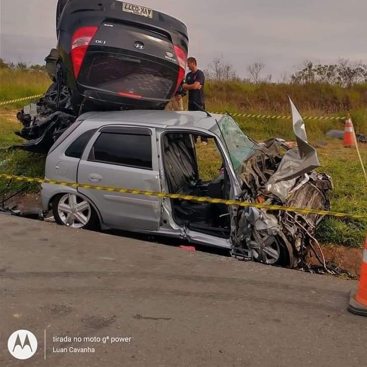 Mulher morre em grave acidente na BR-277