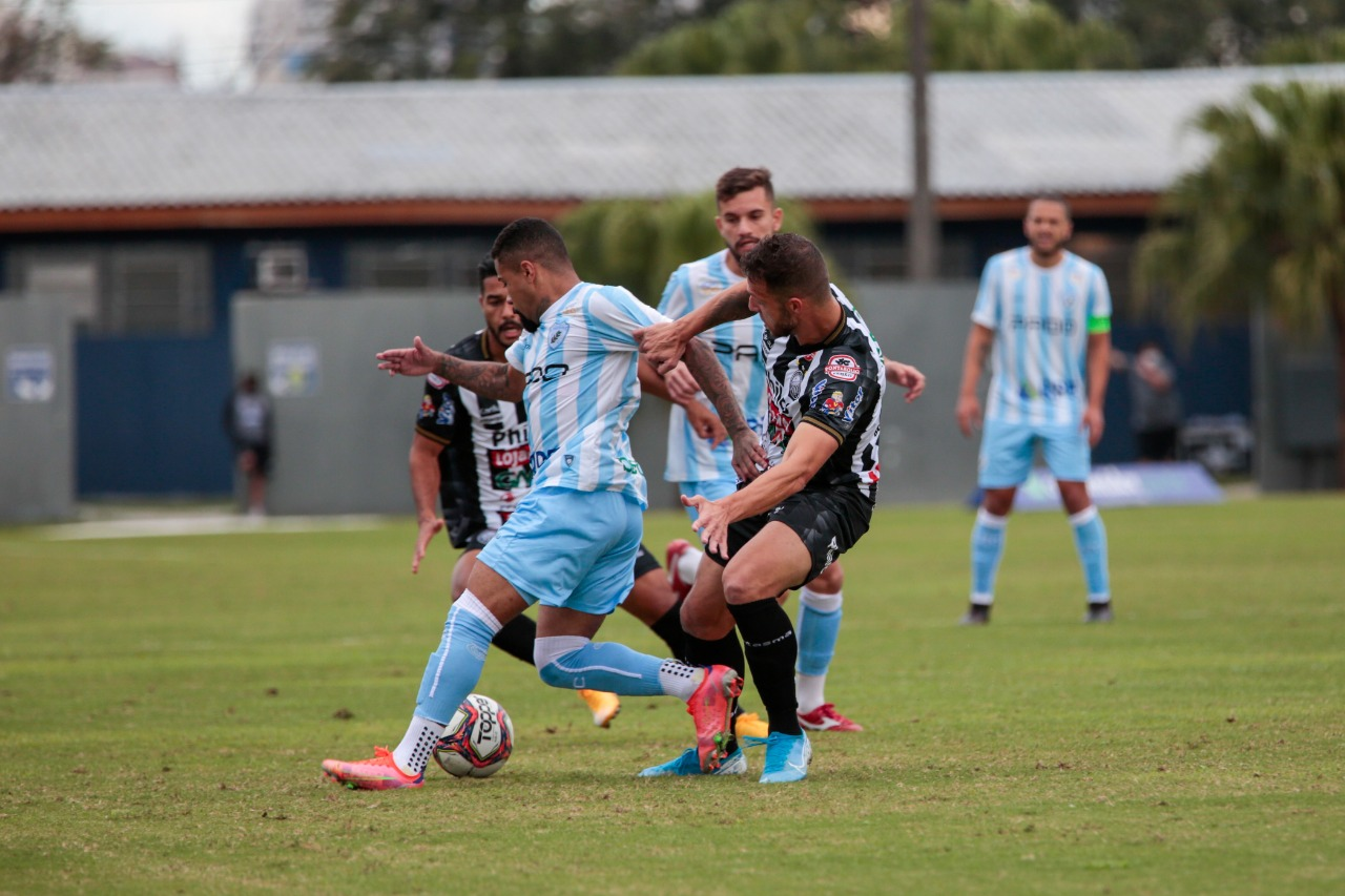 Operário perde de 1 a 0 no jogo de ida da semifinal do Paranaense