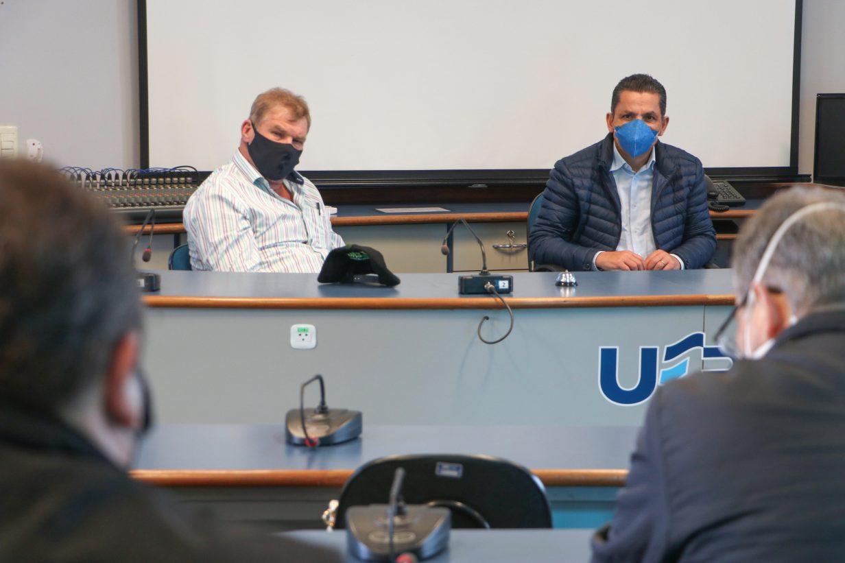 UEPG estuda implantação de cursos em Tibagi