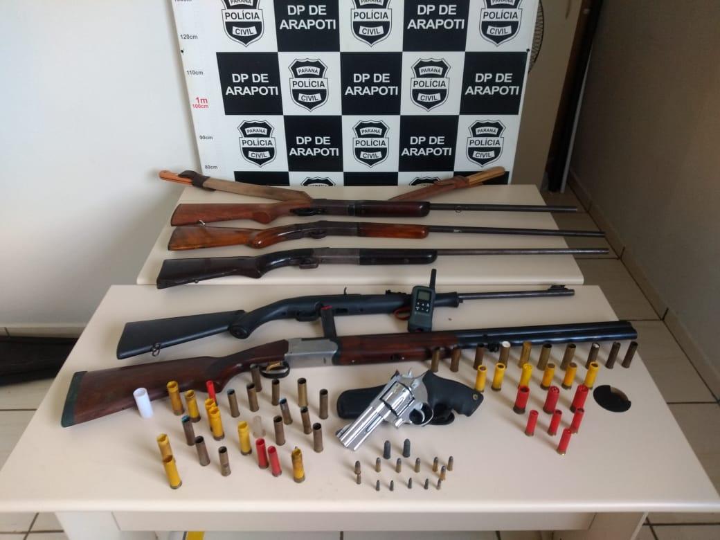 Polícias Civil e Militar apreendem armas de fogo