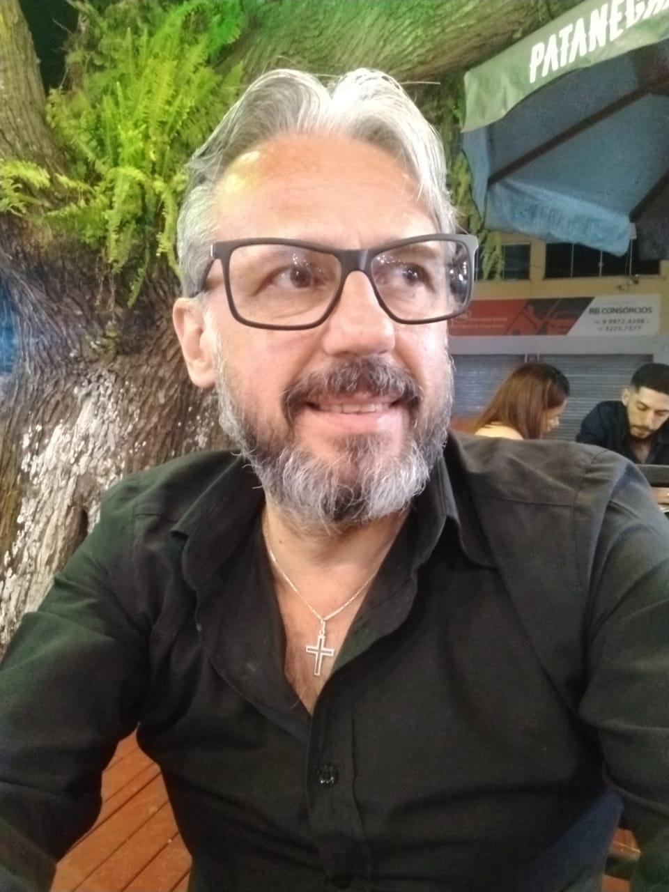 Sandro Adriano Carrilho